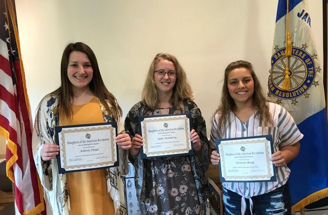 Madison, Clear Fork, AU students earn scholarships from DAR