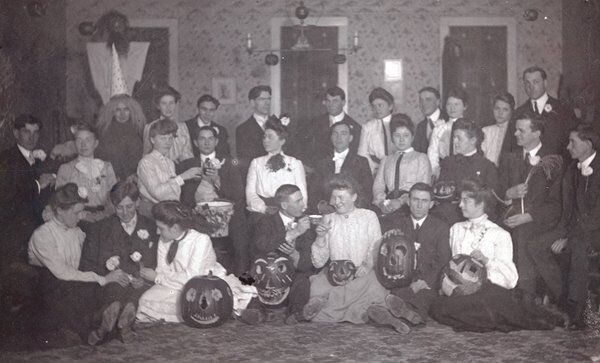 1900 Halloween party