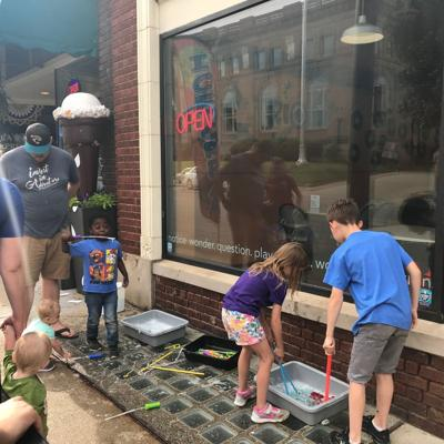 Mansfield's July Shop Hop includes Fourth of July celebration