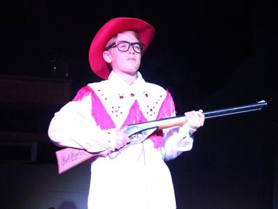 Mansfield Playhouse welcomes back live theatre with 'A Christmas Story'