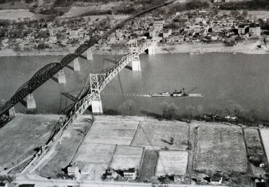 Aerial view of the Silver Bridge