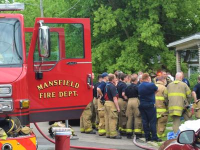 5 people, 2 of them children, seriously injured in Monday morning Mansfield fire