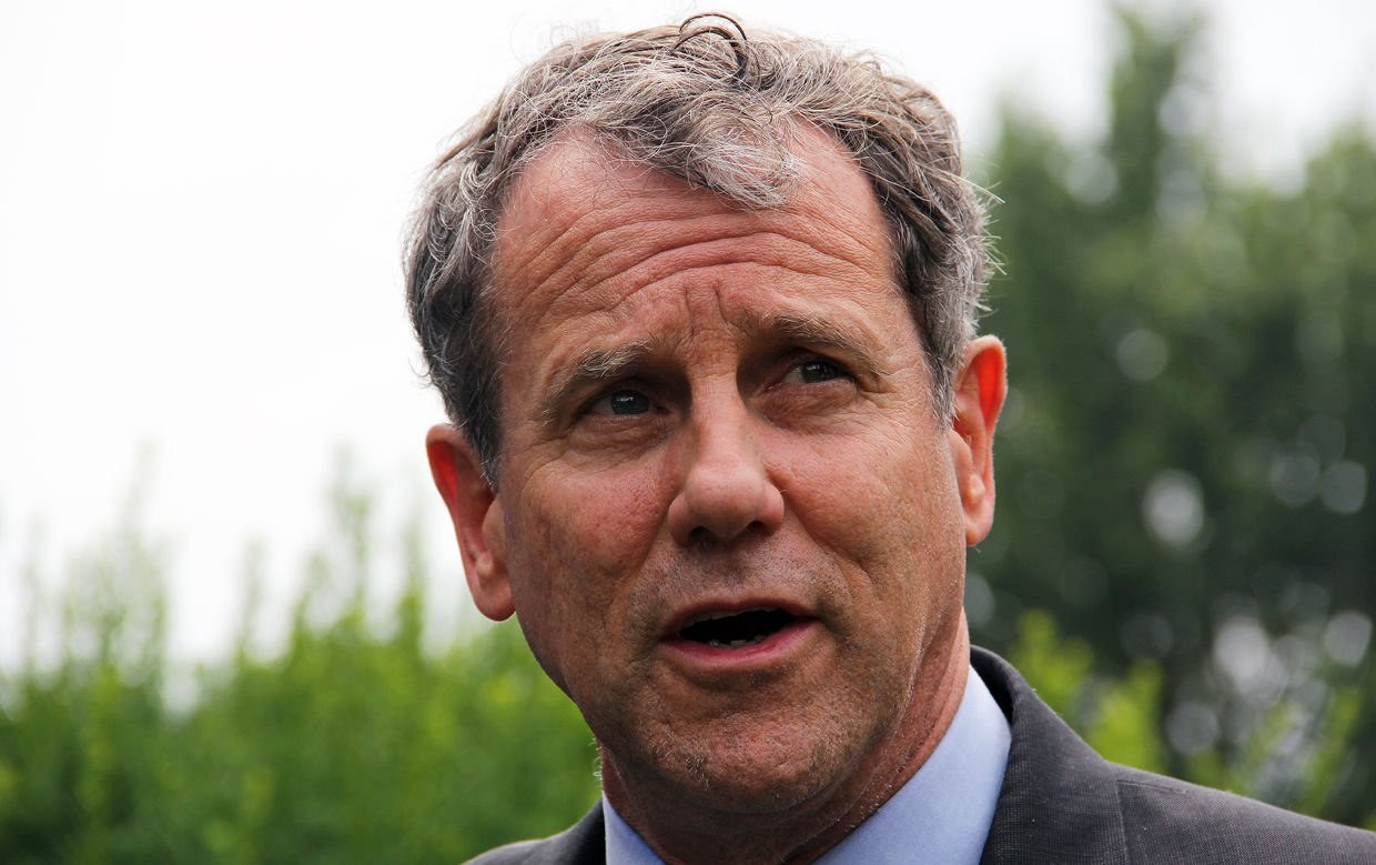 Sherrod Brown: Expanding overtime pay for Ohio workers