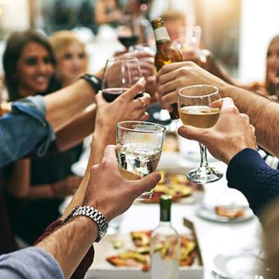 7 Strategies To Stay Healthy At Holiday Parties