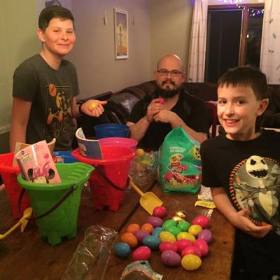 Daily Heroes: Mansfield couple making personalized Easter baskets for any child who wants one