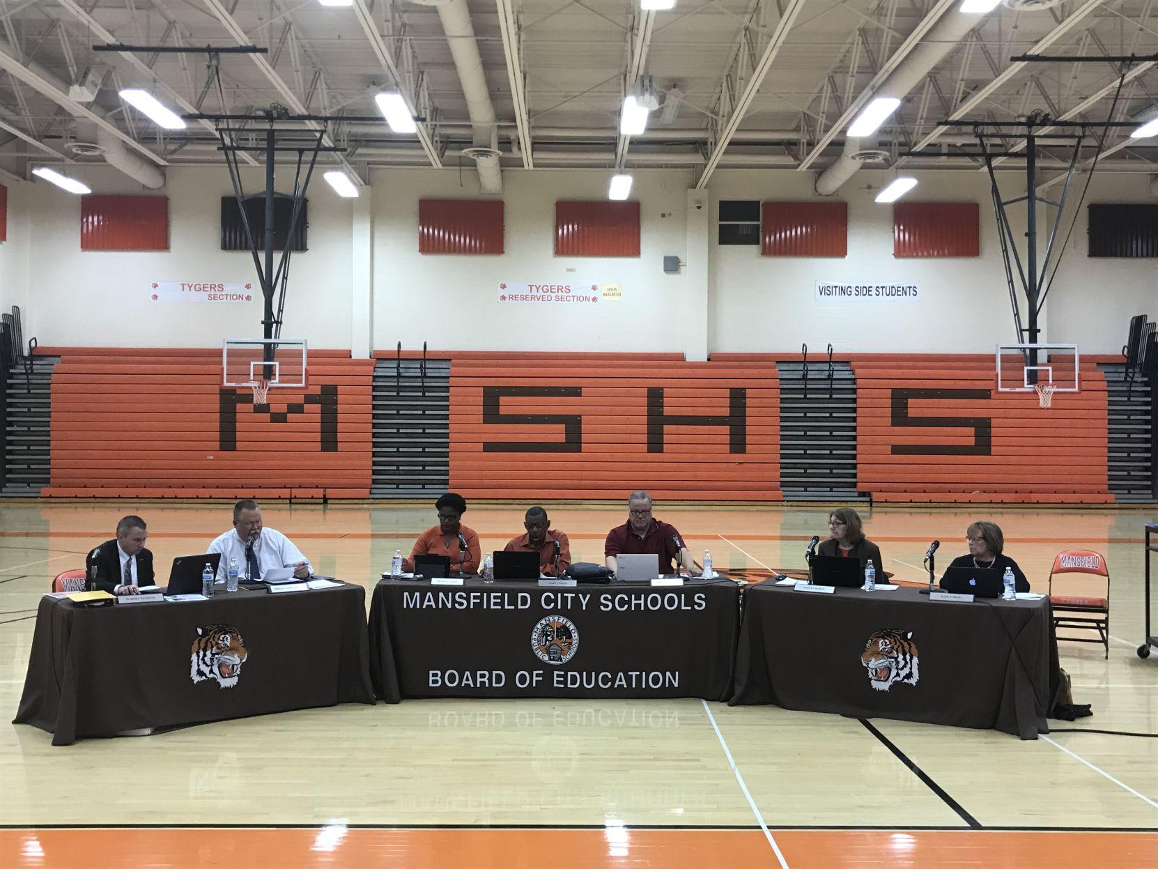 Mansfield teachers get new contract