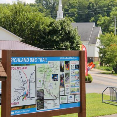 Richland B&O Bike Trail gets new signage