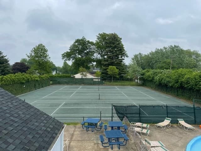 The Woodland Club clay tennis courts