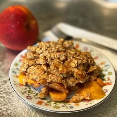 Healthy peach crumble recipe brings summer goodness to dessert