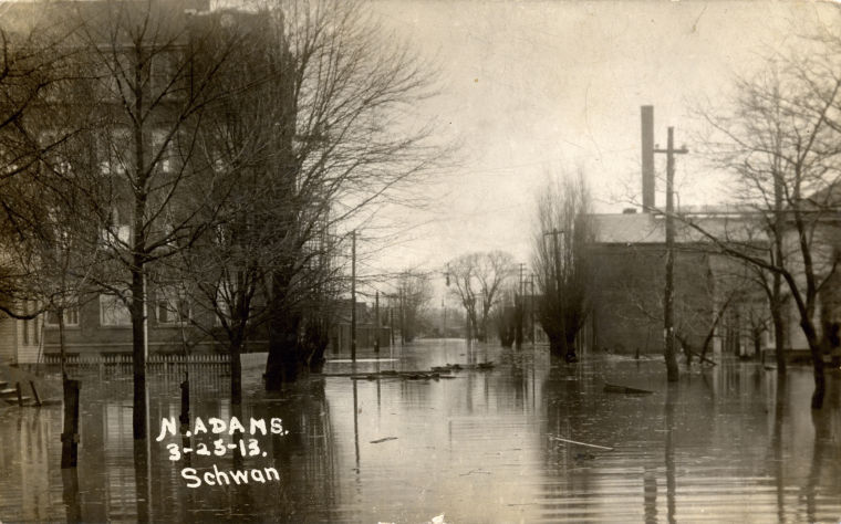 1913 Flooding in North Adams Street