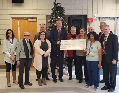 FirstEnergy Foundation donation to Richland Newhope Industries