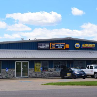 Lexington building that's home to NAPA Auto Parts sells for $640,000