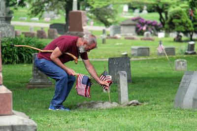 Flag placements honor veterans in Mansfield Cemetery | News