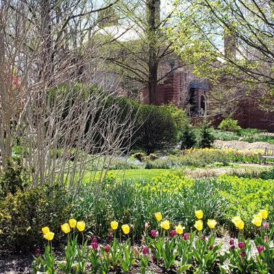 Kingwood Center Gardens extends hours of operation April through October