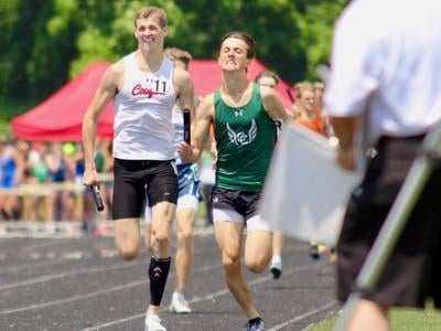 Crestview speeds to 2nd in 4x800 relay on opening day of Division III state track meet
