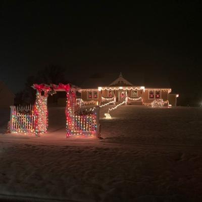 Ontario announces Christmas lights winners