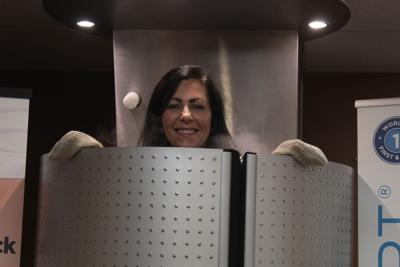 Ontario spa freezes fat, builds muscle