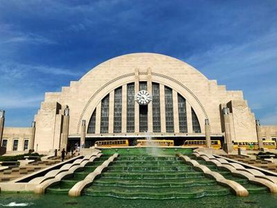 Cincinnati's refurbished Union Terminal conjures historic memories