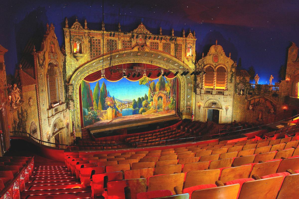 Palace Theatre in Marion