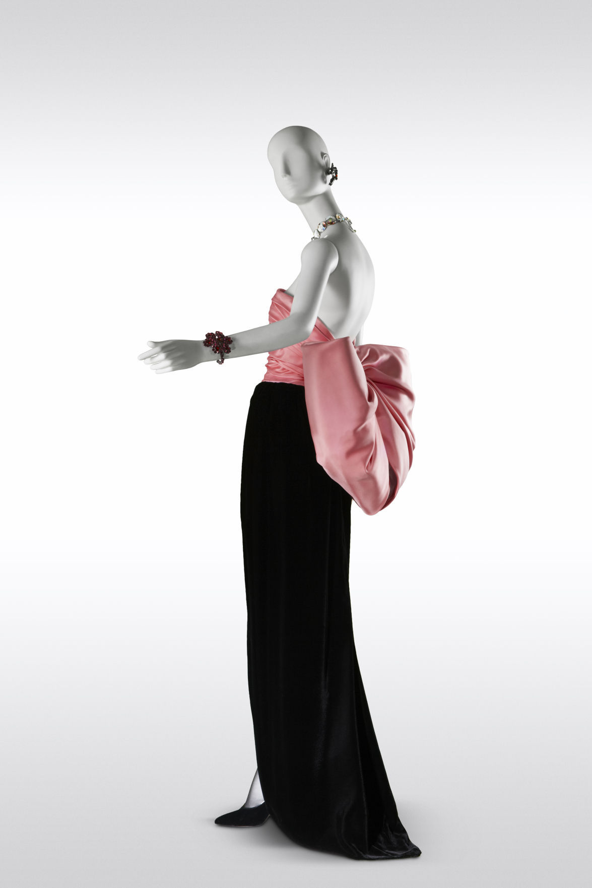New \'Yves Saint Laurent\' exhibit at the VMFA puts ground-breaking ...