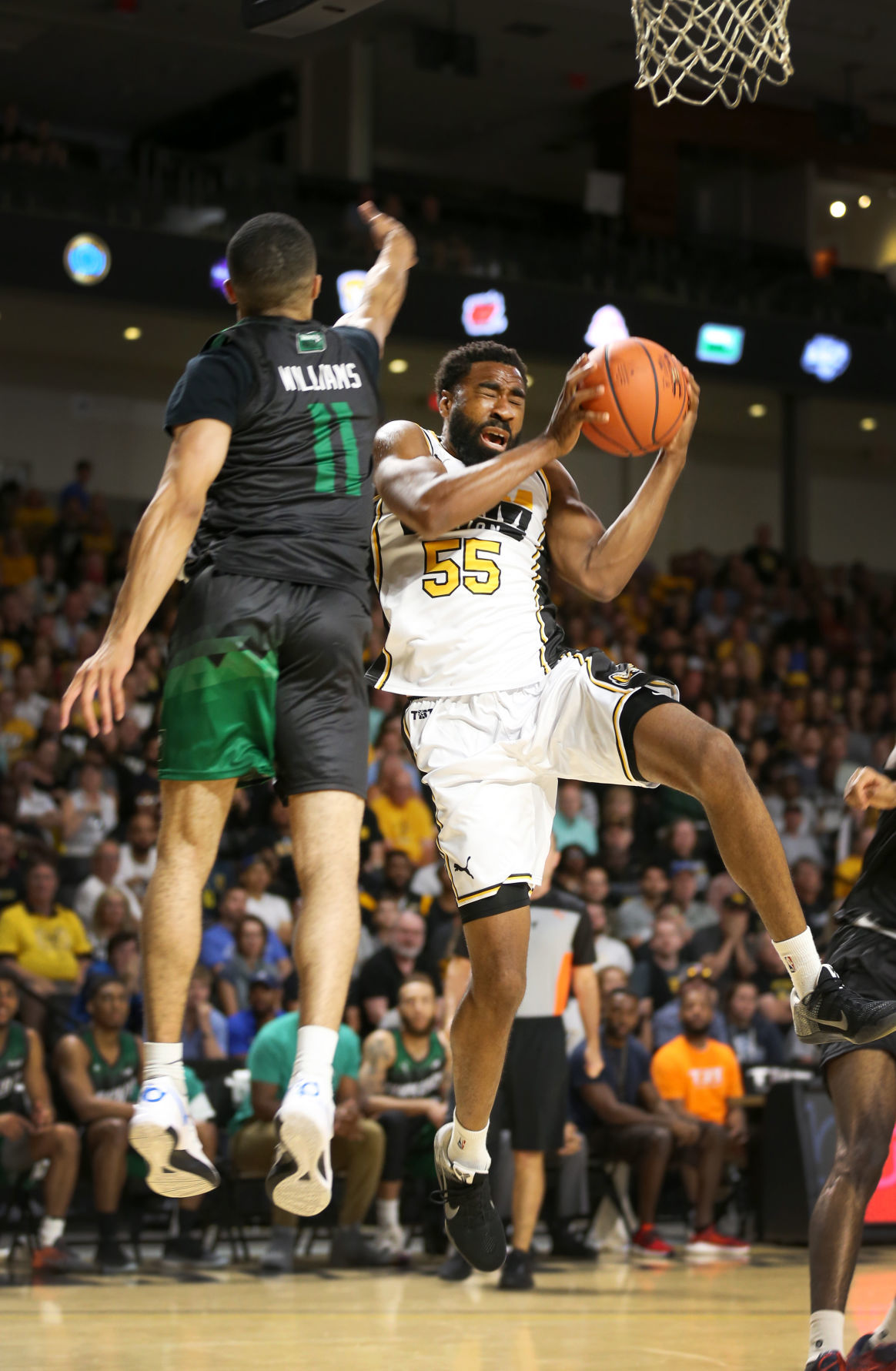 Ram Nation Nation Rolls To Win In Tbt In Front Of Electric Crowd