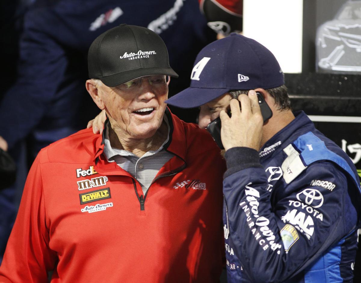 ff8568e85 Hallman: This NASCAR season is all about Team Penske and Team Gibbs ...