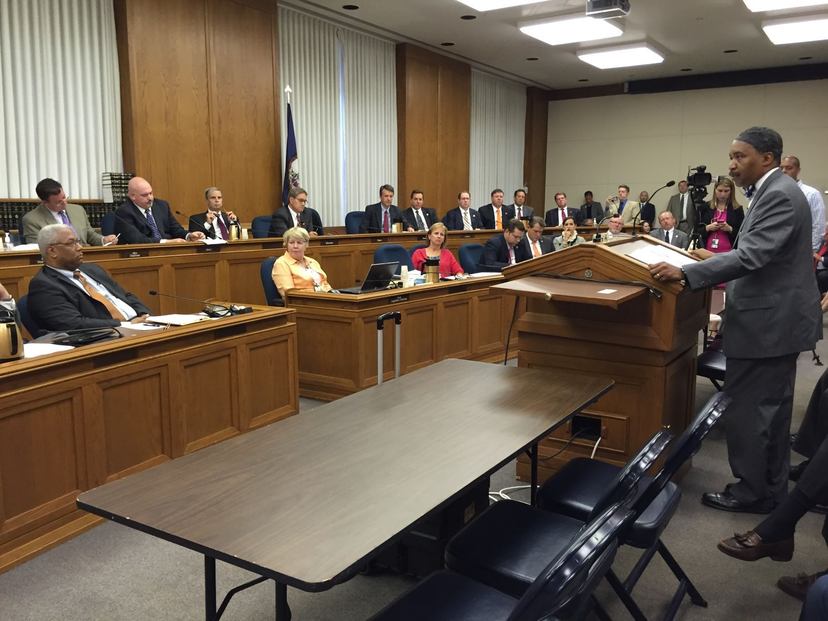 Federal judges will redraw Virginiau0027s congressional map