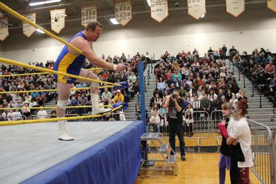 From the classroom to the ring: Flat Rock brings world of professional wrestling to curriculum