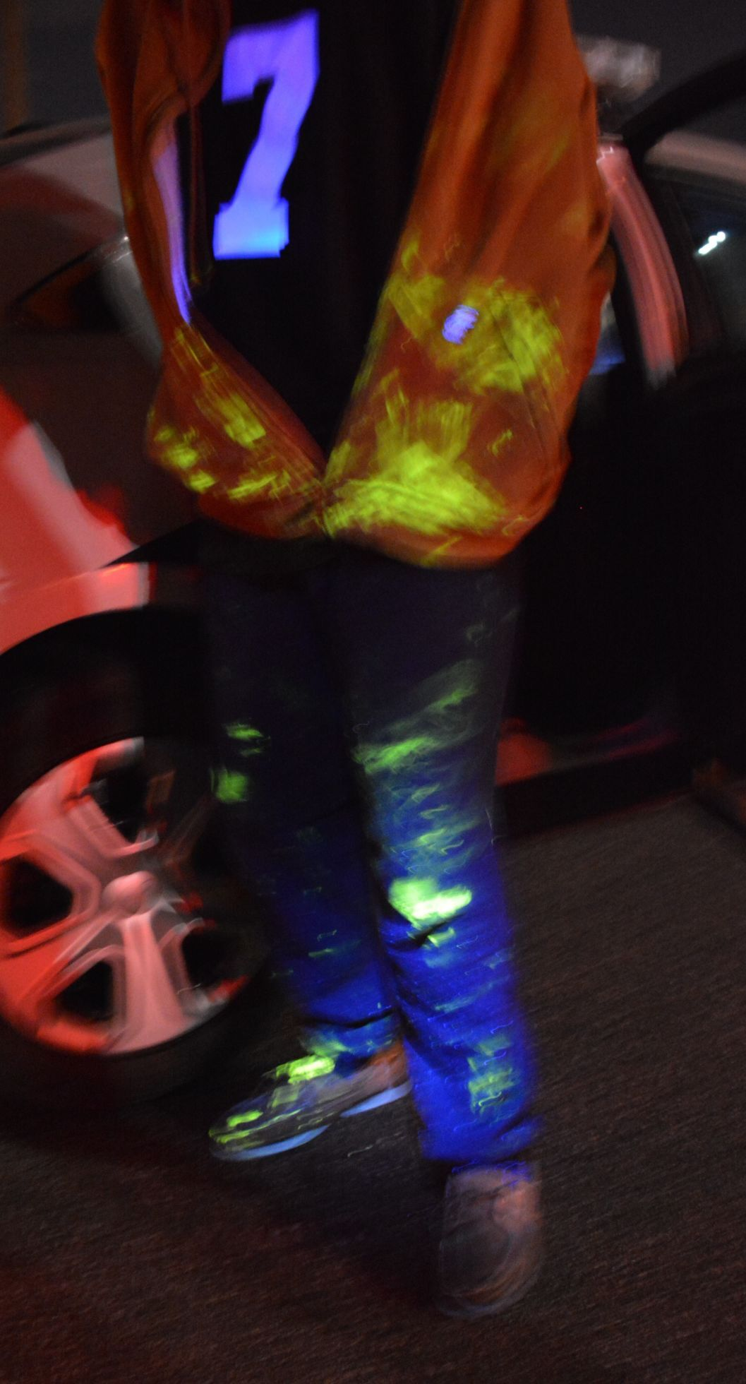 SmartWater suspect with luminescent markings on his clothing