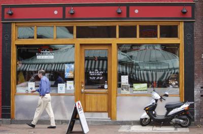 The Halligan Bar Grill Restaurants In Short Pump And Shockoe