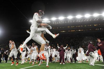 Virginia Tech Notre Dame Jump Celebrate