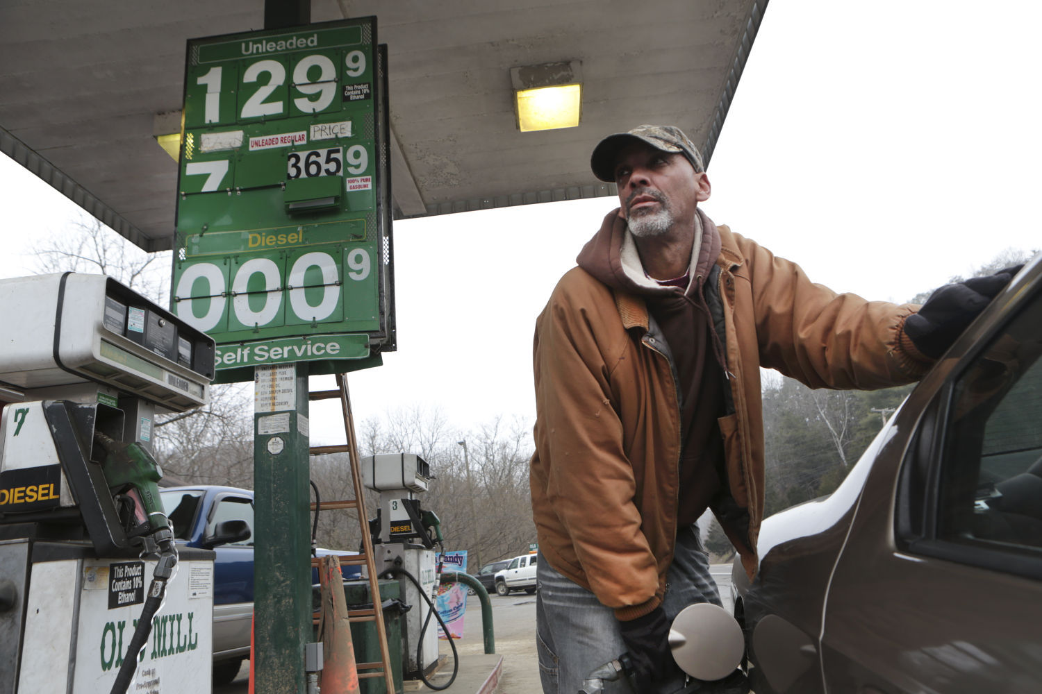 gas drops to 1 29 as fincastle store sets lowest price in u s on rh richmond com