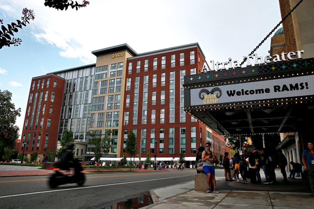 Vcu Off Campus Housing >> Some Students May Have To Live In Lounges Temporarily As Vcu