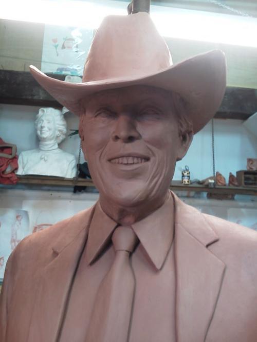 Jimmy Dean statue - clay | | richmond com
