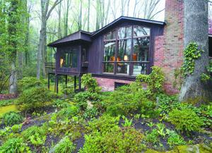 den Woods: Midcentury Modern classic, with a garden to match ... - ^