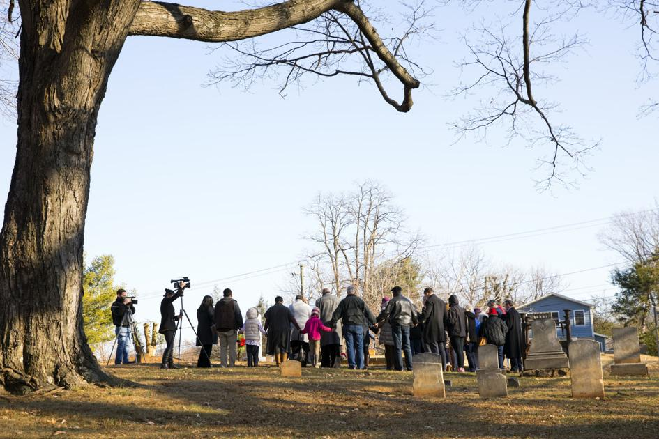 Remembering the unknown: Monument dedicated at Charlottesville's Daughters of Zion Cemetery