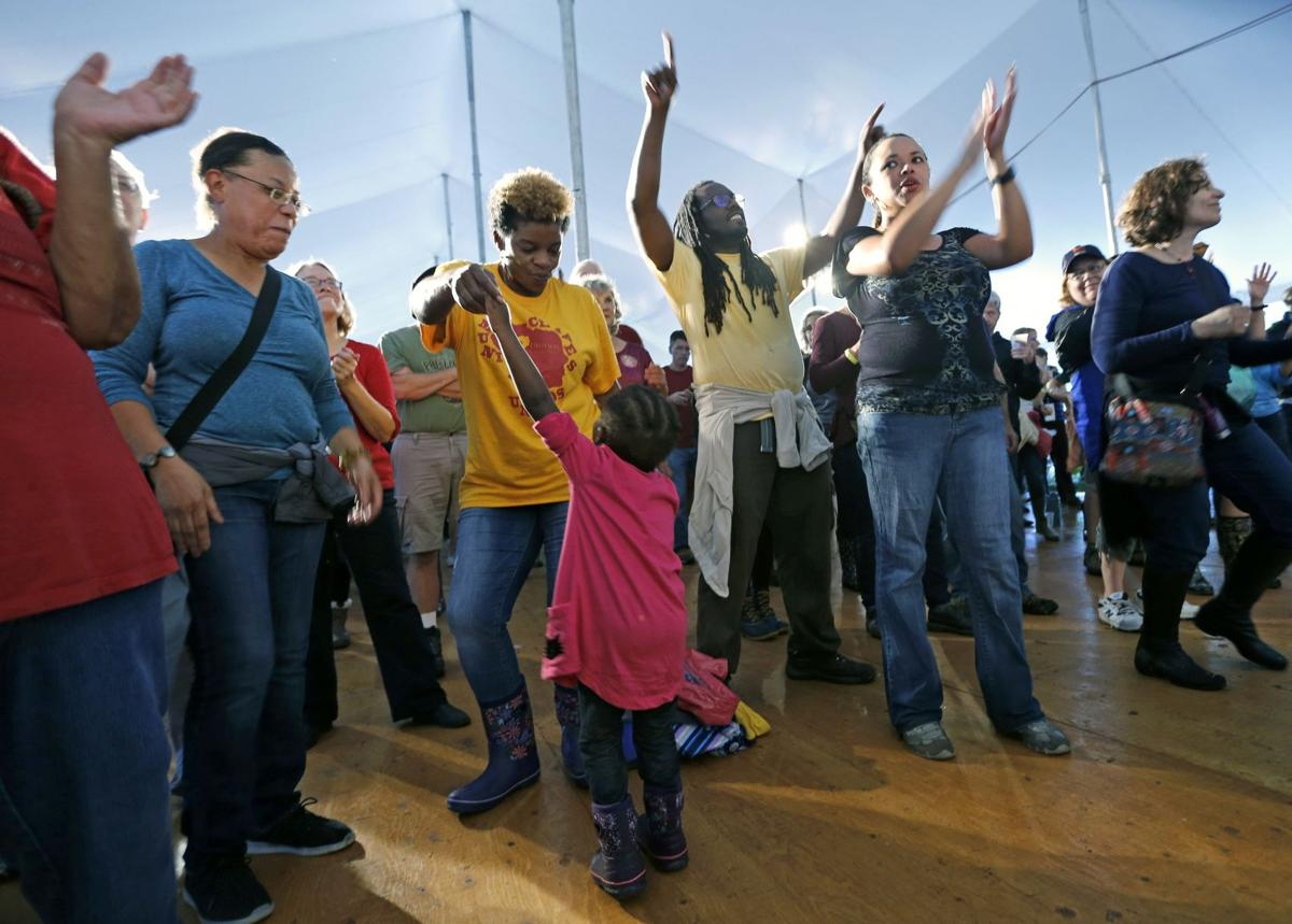Hundreds danced to the music of Adonis Puentes & the Voice of Cuba