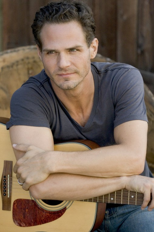 Sync Services Subscription >> Singer and Richmond-Native Brad Sharp Plays 'Coming Home ...
