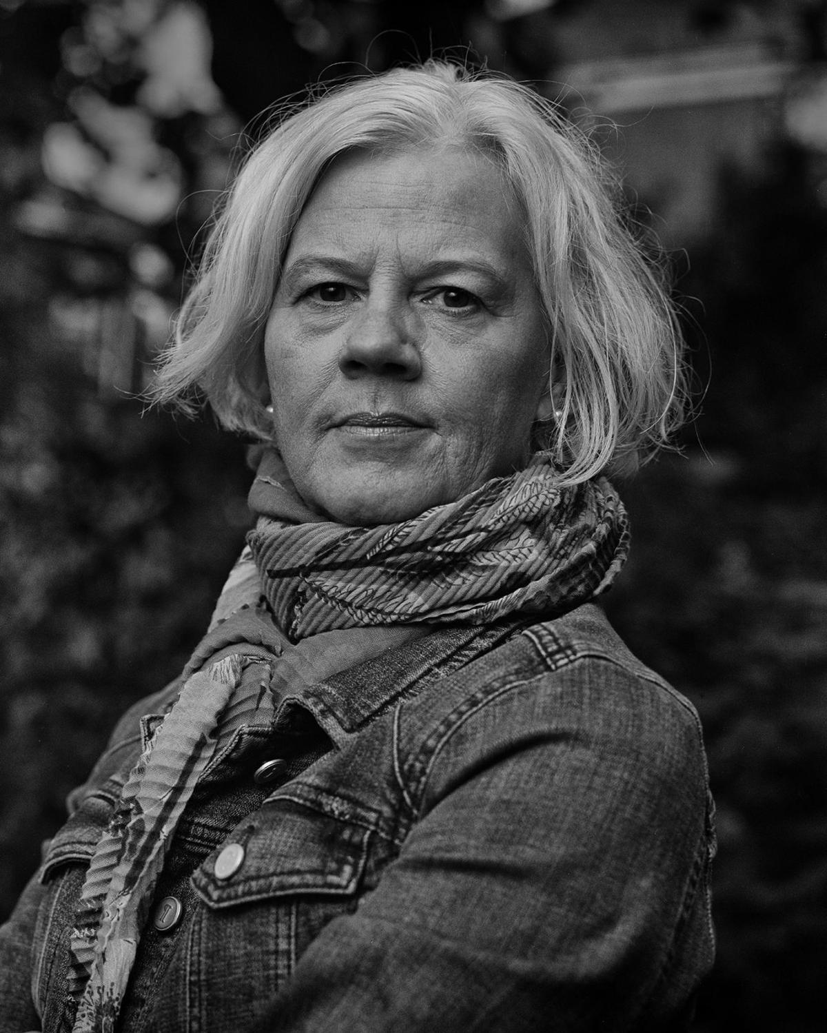 Beth Macy, author portrait
