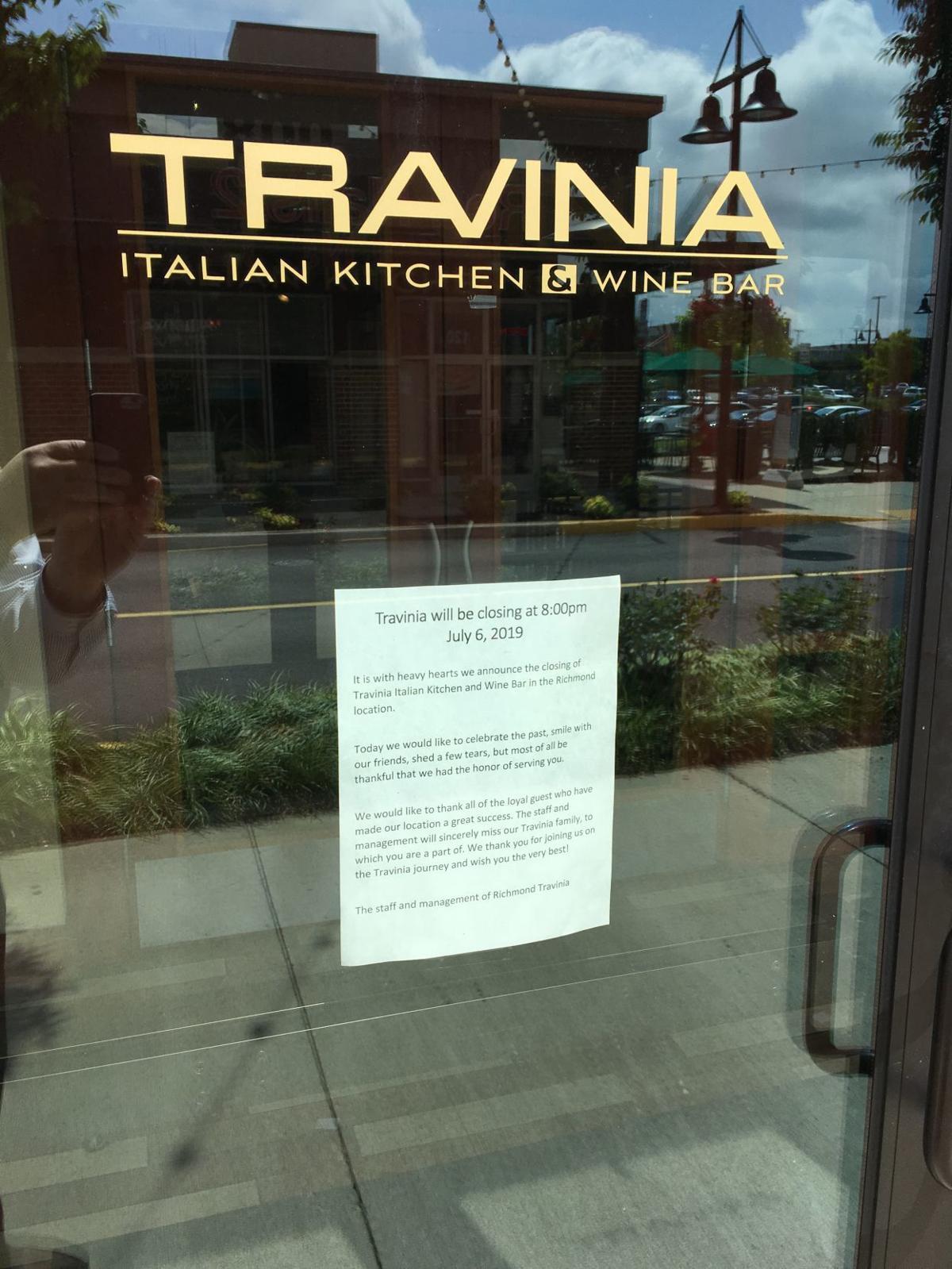 Travinia closed sign