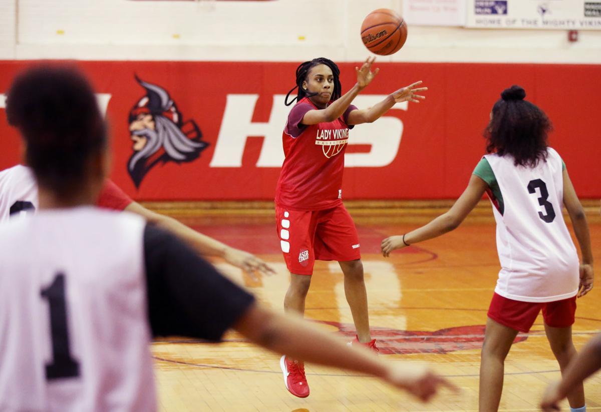 Thomas Jefferson girls basketball team