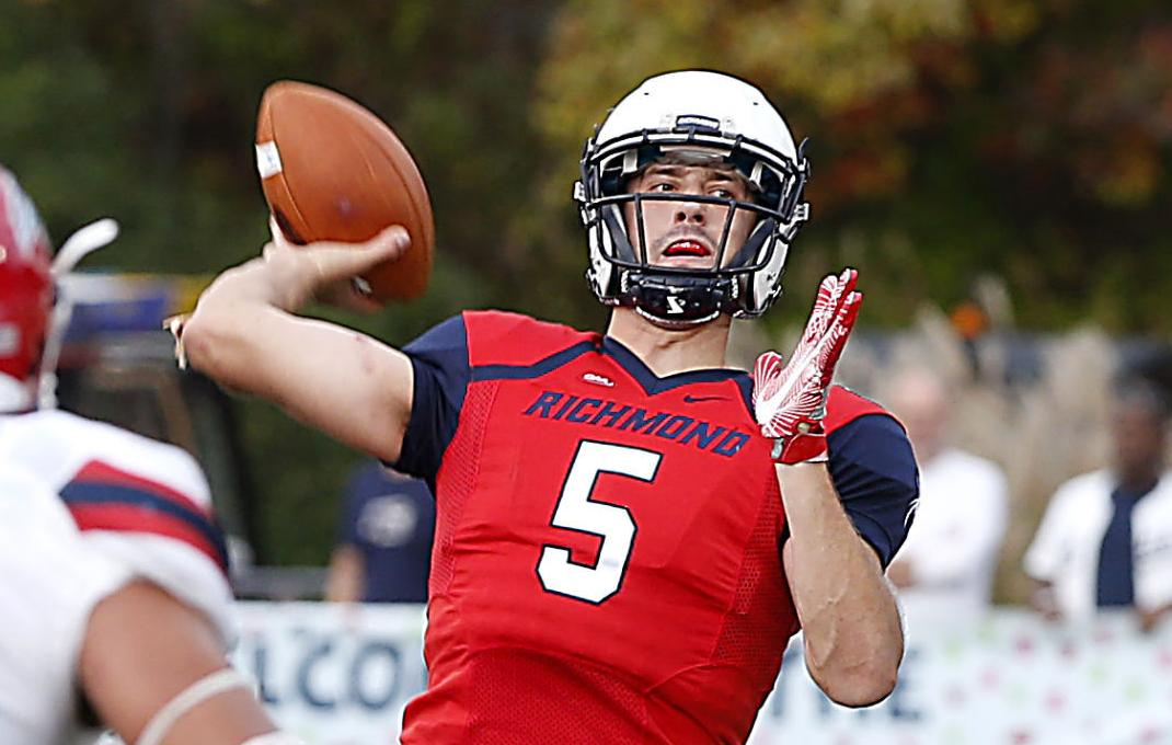 With their 4th and 5th round picks in the 2018 NFL Draft New York Giants selected QB Kyle Lauletta Richmond and DT RJ McIntosh Miami