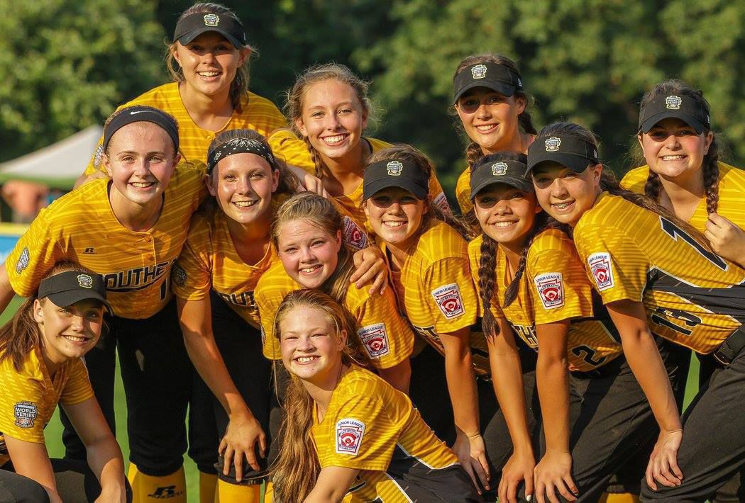 Little League softball team disqualified from World Series after offensive Snapchat photo
