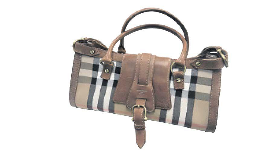 Burberry plaid bag