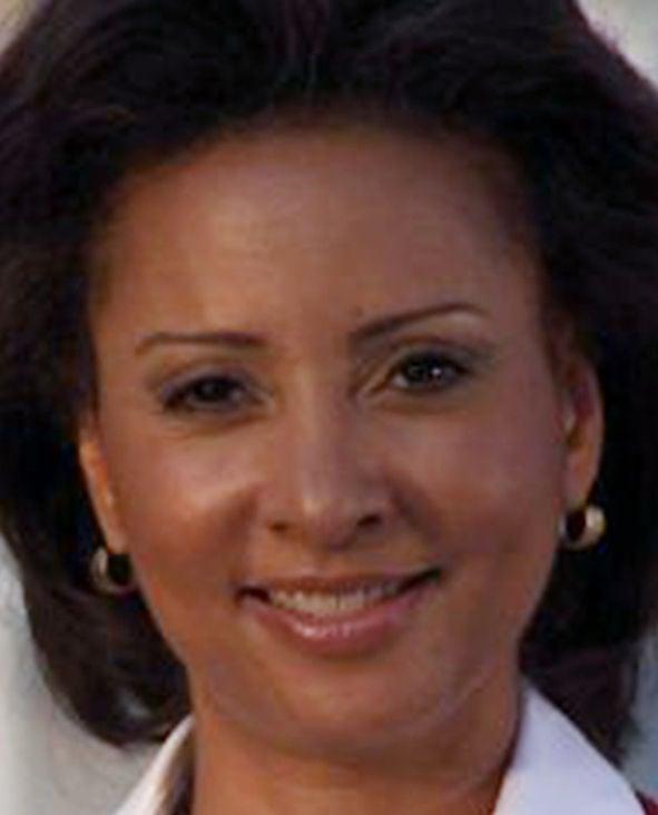 WTVR news anchor Stephanie Rochon dies at 50   Local News