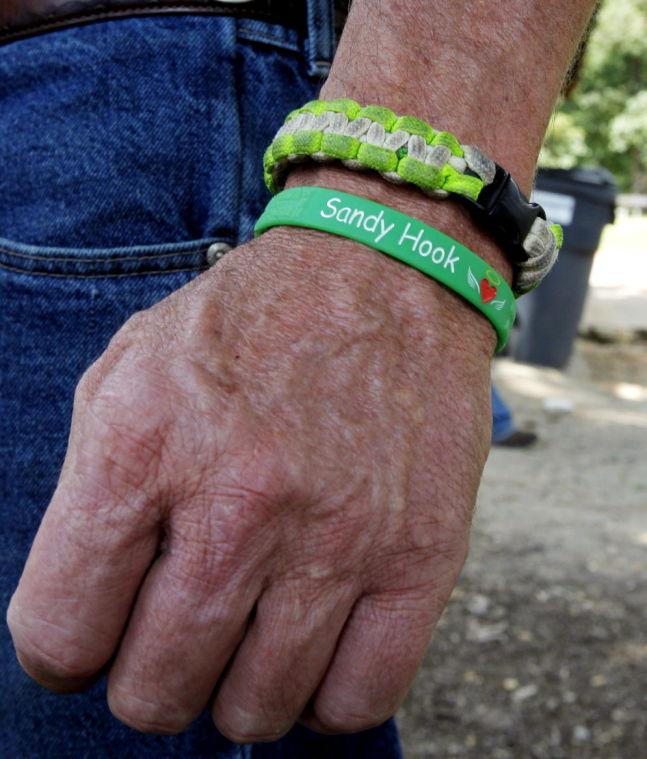 In Richmond, father of Newtown victim urges universal background checks