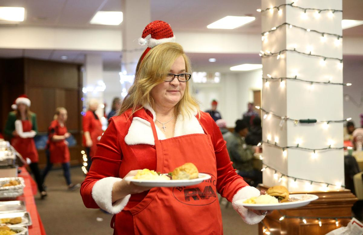 Bridging Rva S Christmas Day Dinner A Tradition For Many For The Past 6 Years Needs Funding Volunteers Entertainment Richmond Com