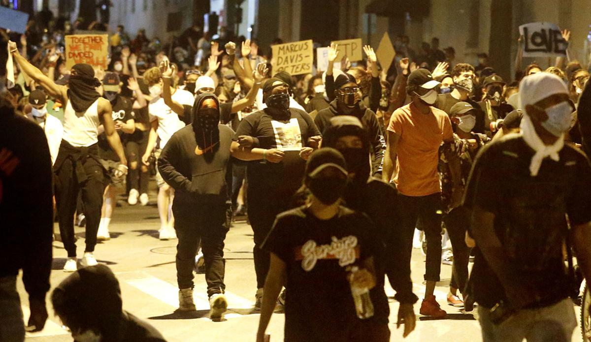 20200601_MET_PROTEST_AWE04