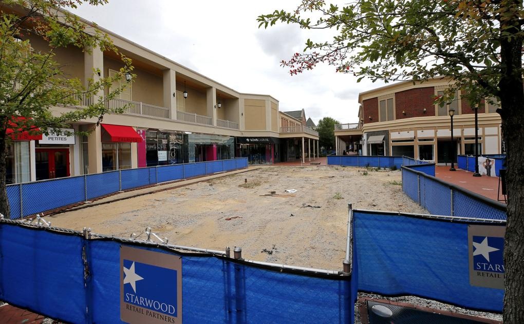 Reinventing Stony Point Fashion Park: Mall plans new features and tenants to lure a broader range of shoppers