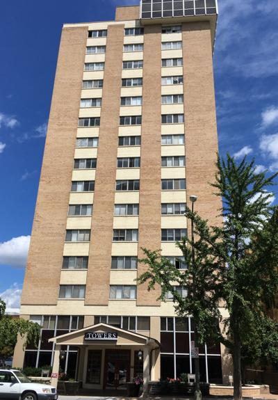 Woman S After Falling From Apartment Window In Richmond